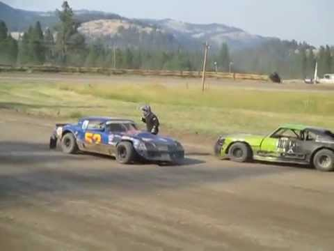 Eagle Track Raceway Darrin Metcalf Mad At Mike Roberts After Crash Aug 9th 2014