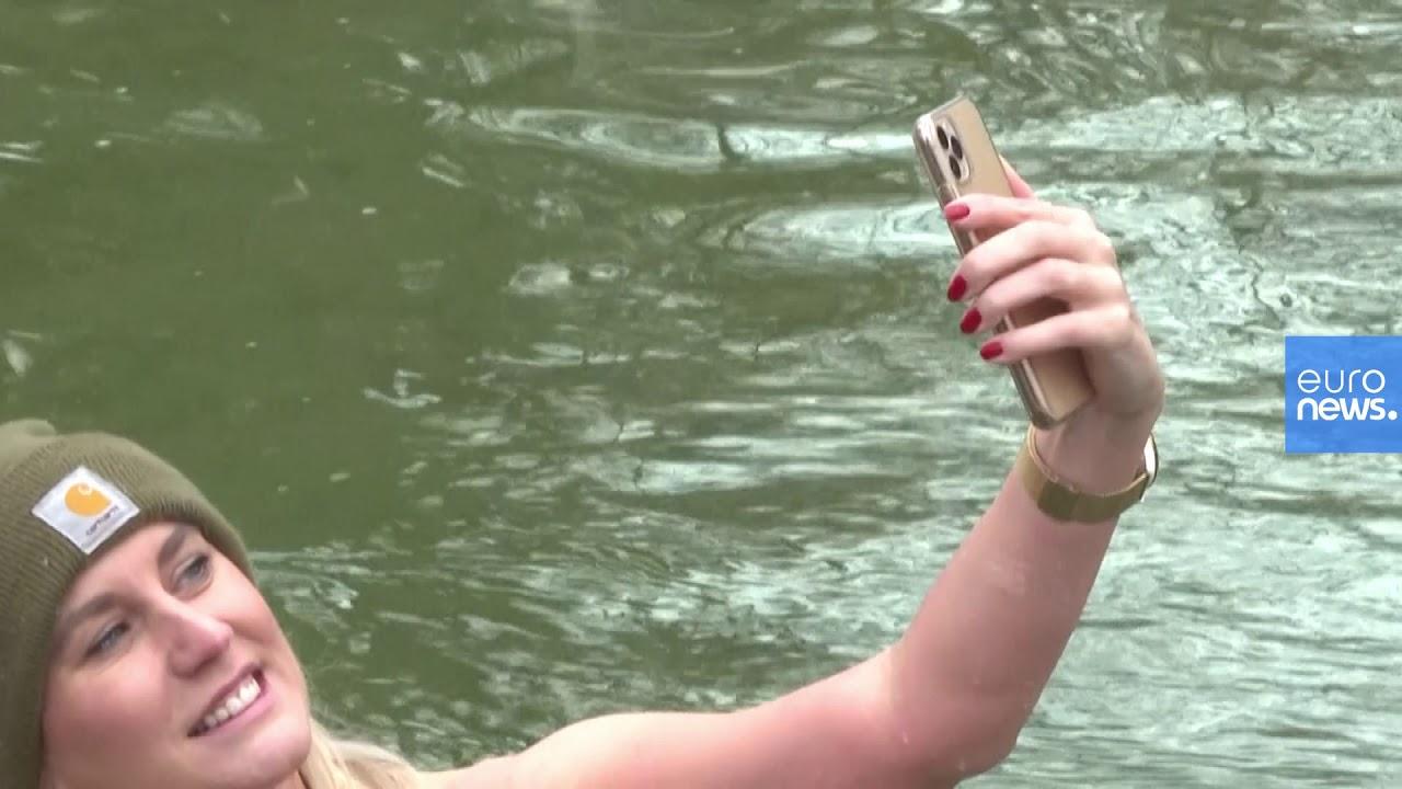 سكان ميونخ - غطسة منعشة في المياه المتجمدة  - نشر قبل 14 ساعة