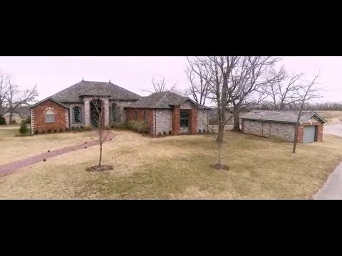 Ozarks Paradise Ranch In Hollister, Missouri: Real Estate Auction--Selling Without Reserve