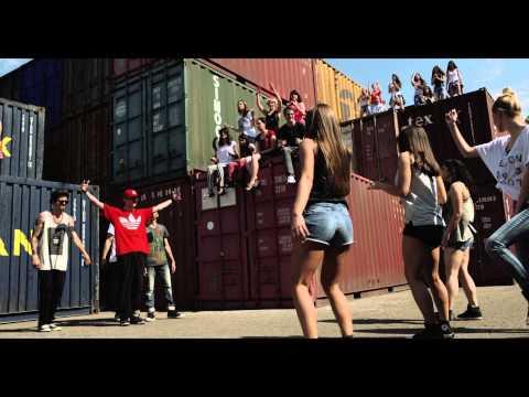 ALEKSA JELIC / DISCO & FUNK OFFICIAL VIDEO 2014 disko i fank HIT