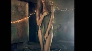Ana Masulovic-Nekad neko,nekad niko
