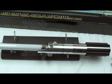 Hasbro Star Wars Luke Skywalker Forcefx Lightsaber Replica Removable Blade Review By Movie Figures Youtube