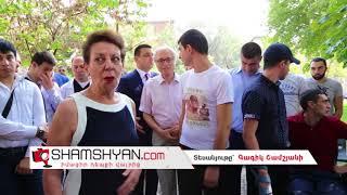 ՀՀ Անկախության օրվա առթիվ թիվ 1 համալսարանական հիվանդանոցի բակում հավաքվել էին հայ ազգի լեգենդները