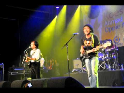 Koes Plus - Kembali Ke Jakarta (Live @Melkweg, Amsterdam)