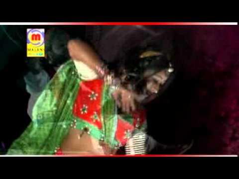 Dhora Mathe Jhupdi - Gheredar Ghaghro - Rajasthani Songs