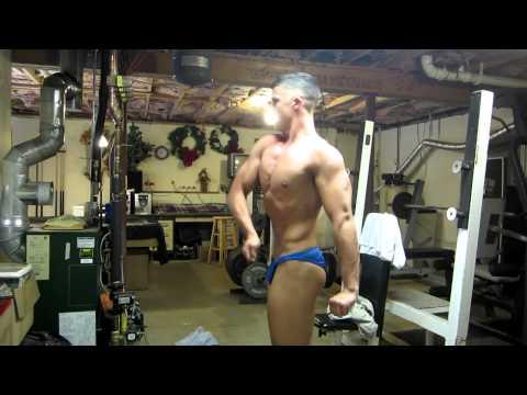 NWB: Bodybuilding Poses 101