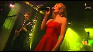 Hooverphonic - Day After Day, Shampoo Lies The Truth - LIVE 2/3