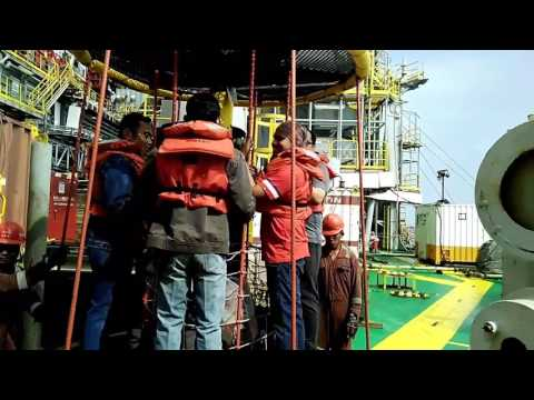 Offshore drilling rig - Personal Basket