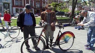 В Одессе показали раритетный 77 летний немецкий велосипед(, 2016-05-07T13:13:35.000Z)