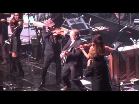 Hans Zimmer Live 2016: Opening Medley (Driving Miss Daisy, Sherlock Holmes, Madagascar) (HD)