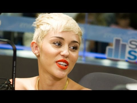 Miley Cyrus - We Can't Stop (Official Video)Kaynak: YouTube · Süre: 3 dakika34 saniye