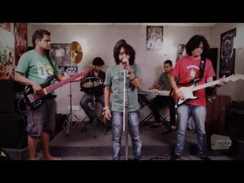 Evoke featuring Keerthi Sagathia_ Muj Me Tu _ a...