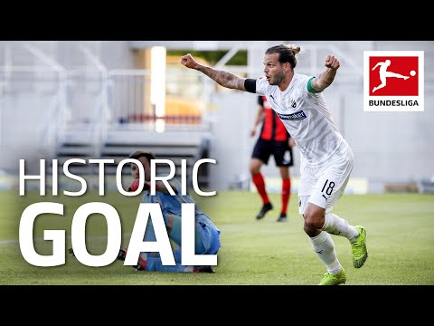 Unluckiest Player Ever Finally Scores a Goal - In His 263rd Game