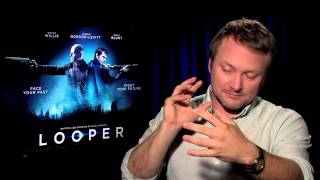 Rian Johnson On Looper: Plot, Influences, And Sequel Potential