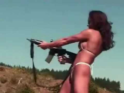 baby-mit-pistole-analfistel-ursache