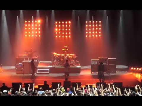 """Limp Bizkit played part of a new song in Paris on July 6th rumored to be """"Wasteoid"""""""