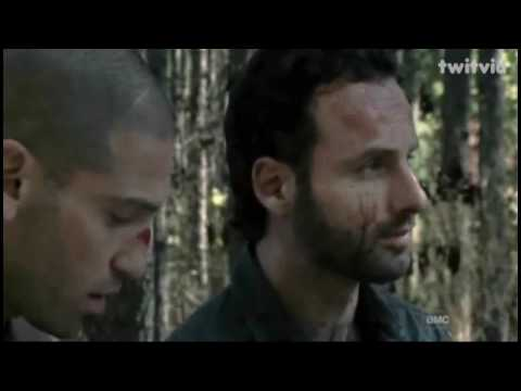 The Walking Dead 2x10 18 miles out sub español, final
