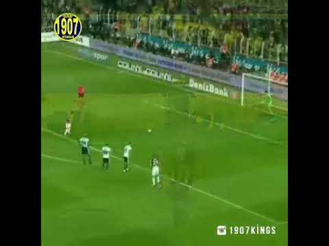 Giulianonun Fenerbahçe de ki golleri.  40 yılda bir gibisin