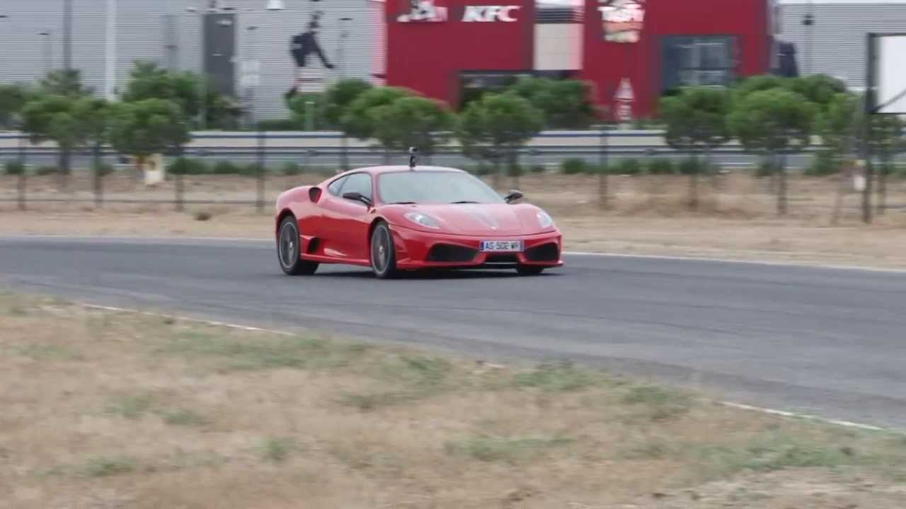 la ferrari f430 scuderia sur le grand circuit du roussillon youtube. Black Bedroom Furniture Sets. Home Design Ideas