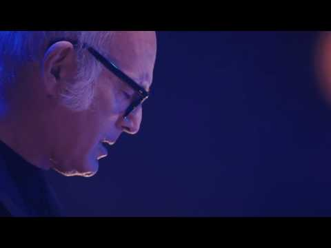 Ludovico Einaudi - Elements Live@La Maison de la Radio 2015 HD