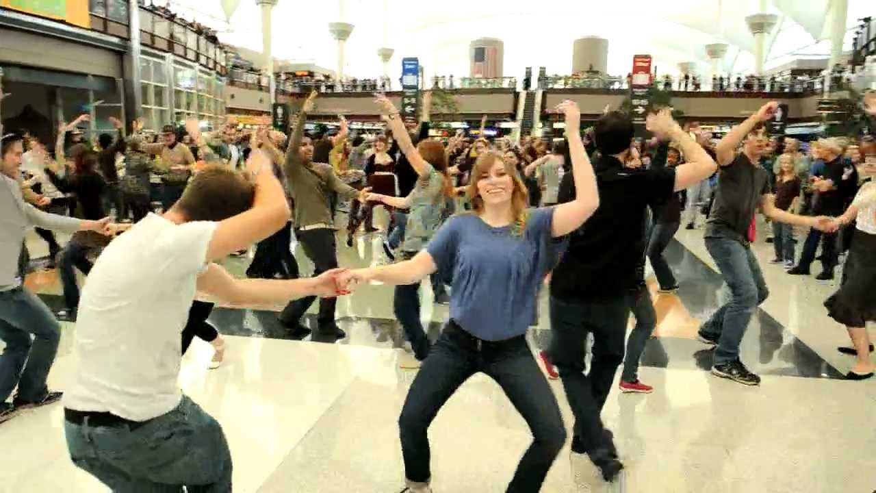 Denver Airport Holiday Flash Mob Youtube
