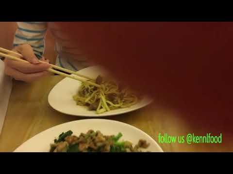 Food review in fengjia night market