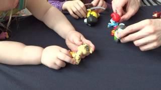 мультик игра с игрушками смурфик катается на динозавре кунфу-панда