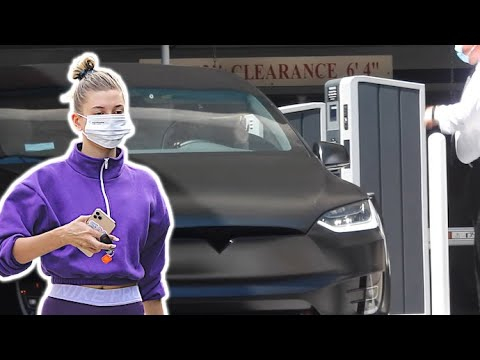 Hailey Baldwin Stays Masked For Pilates Session And Trip To Medical Center