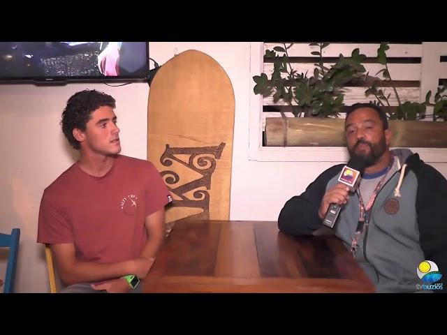Entrevista com o Surfista Theo Fresia