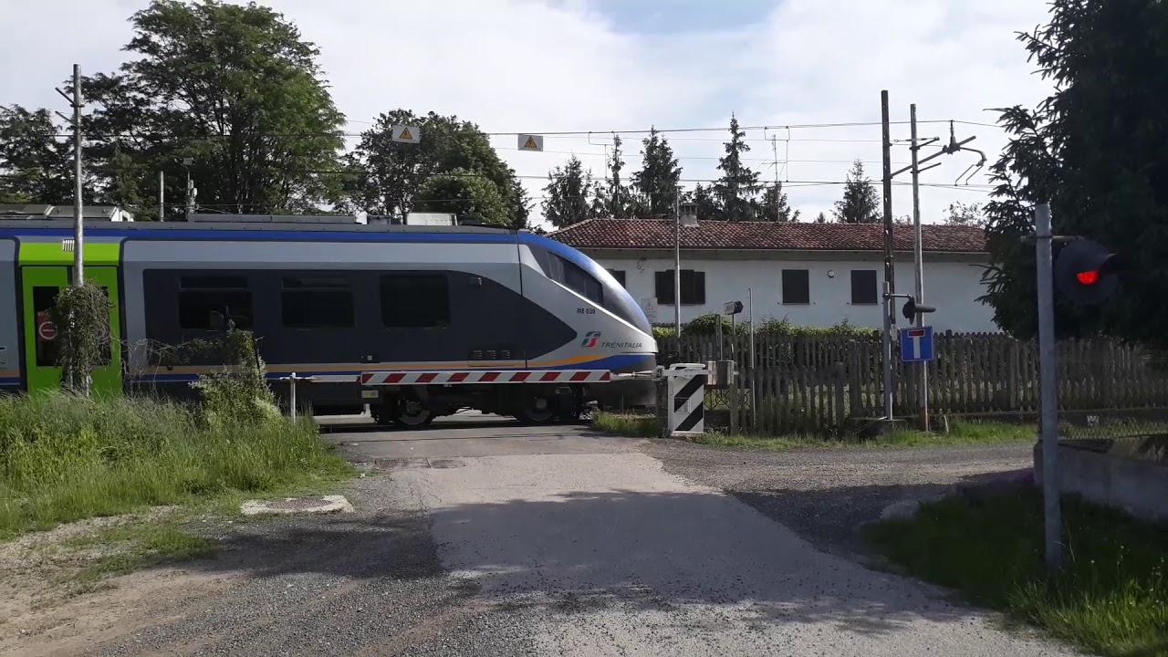 Passaggio a livello Nizza Monferrato Strada Vecchia d'Asti 2 - Level crossing