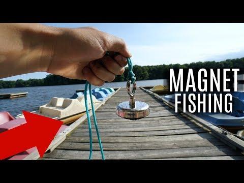 Magnet Fishing A Popular Fishing Dock!! (Treasure Hunting)