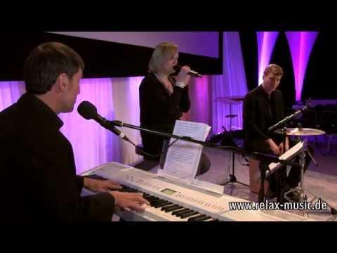 standing still - roman lob - live - unplugged - acoustic - HD quality