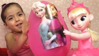 Frozen Elsa and Anna Toys Pink Surprise Eggs - Princesses In Real Life | WildBrain Kiddyzuzaa