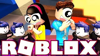 We're Taller Than Everyone Else! - Roblox Super Bomb Survival with MicroGuardian - DOLLASTIC PLAYS!