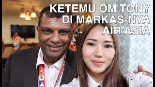 Video PART 01 - KETEMU OM TONY FERNANDES DI MARKAS-NYA AIR ASIA | FOODIRECTORY download MP3, 3GP, MP4, WEBM, AVI, FLV Agustus 2018