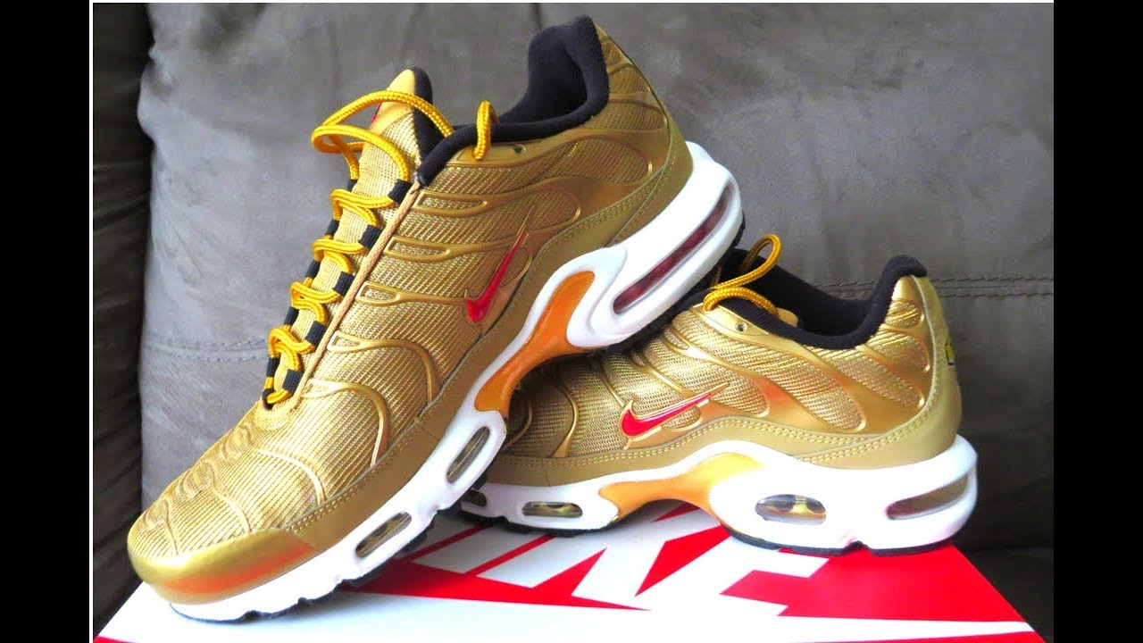 Nike Air Max 95 OG Gold REVIEW and On Feet | SneakerTalk365