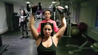 Tricepsz Bicepsz Váll edzés! Kézi súlyzóval Szeged Szegi Fitness