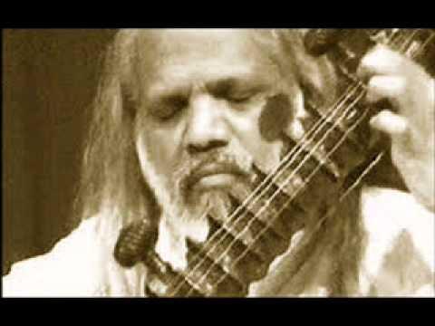 Shamsuddin Faridi Desai - Dhrupad - Raga Yaman