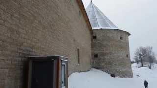 Крепость Старая Ладога(Город — крепость древней Руси. На левом берегу реки Волхов возвышается доменные крепостные стены и белые..., 2015-01-21T20:42:04.000Z)