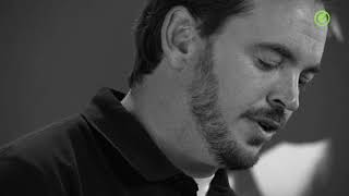 Gravity - Adjustable Speaker Poles