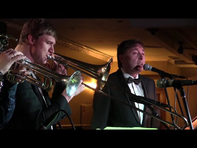 Swing International: Олег Фриш в джазклубе Козлова в Москве. 4 декабря 2016 года