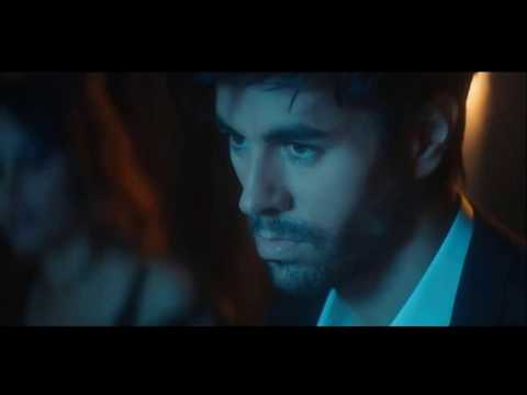 Enrique Iglesias - EL BAÑO ft. Bad Bunny Lyrics English