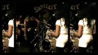 """Fatoumata Diawara - """"Alama"""" live"""