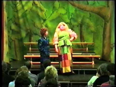 Panto Nadolig Ysgol Gymraeg Aberystwyth 1996 - Sinderela / Cinderella