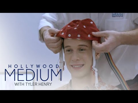 Dr. Drew Wants To Know What's Going On In Tyler Henry's Head | Hollywood Medium | E!