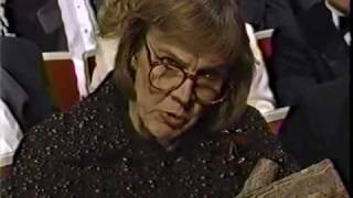 'Twin Peaks' Log Lady at 42nd Emmy Awards 1990-09-16