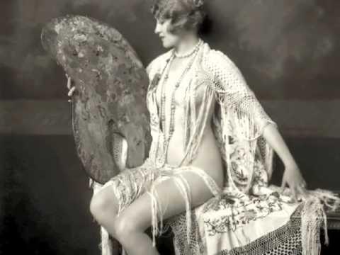 Fotos de mujeres hermosas, tendencias de moda 1910 en Alma Club