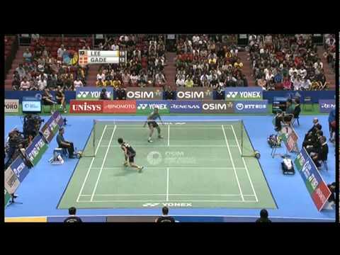 SF - MS - Chong Wei Lee vs Peter Hoeg Gade - 2011 Yonex Open Japan - YouTube