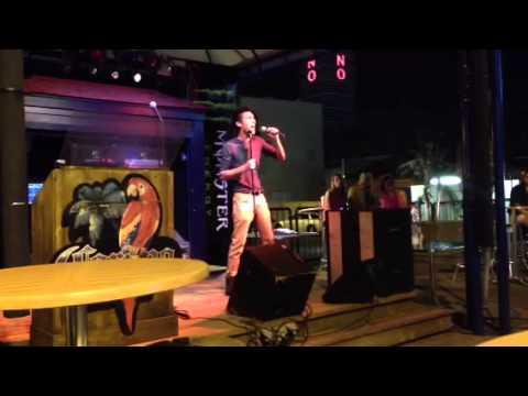 Karaoke Night in Niagara Falls
