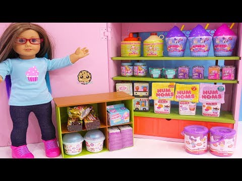Surprise Blind Bags In American Girl Store - Toy Video